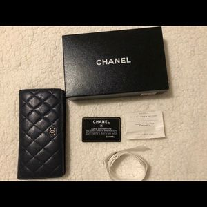 AUTHENTIC Chanel Yen Wallet